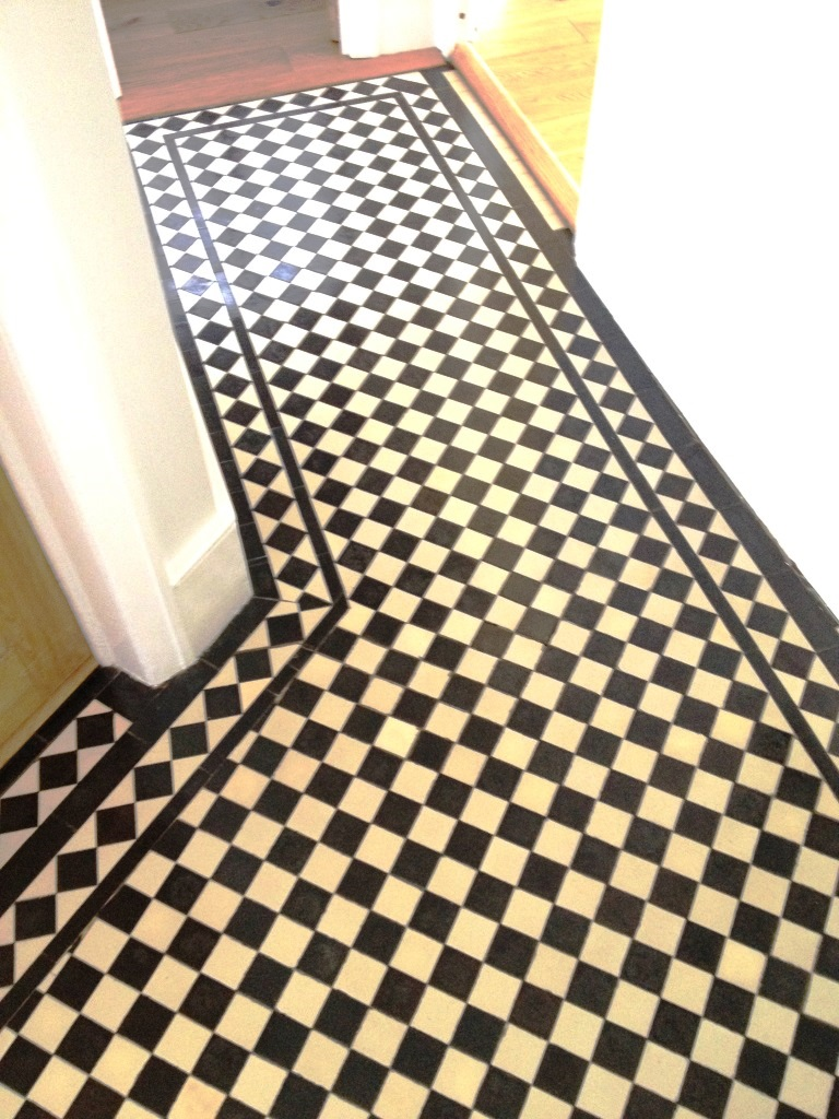 Edwardian tiled floor Richmond after cleaning