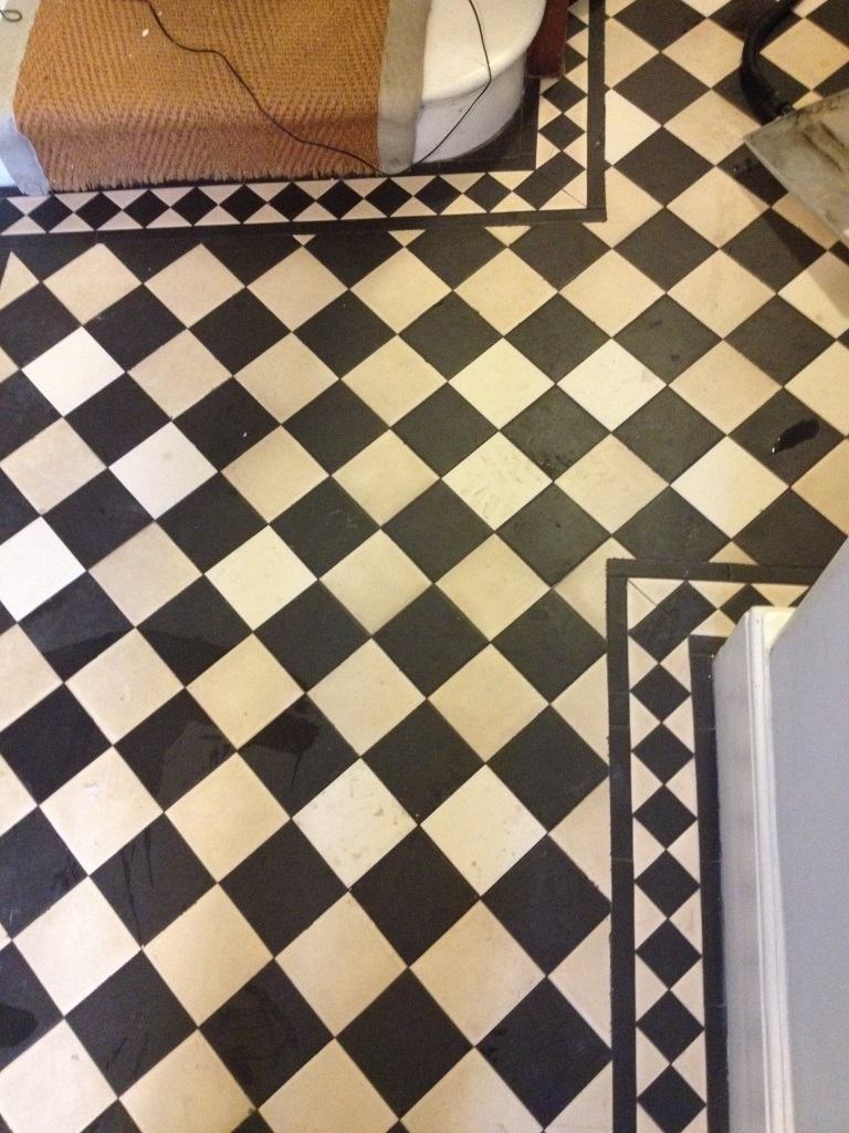 Edwardian style tiled floor twickenham after cleaning