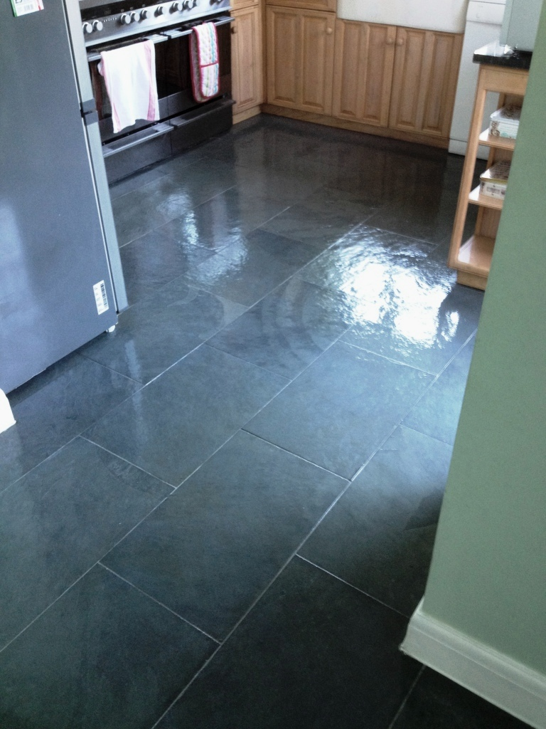 Kitchen With Slate Floor Stone Cleaning And Polishing Tips For Slate Floors Information